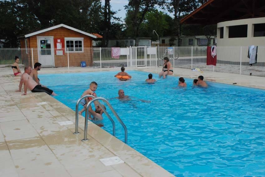 Camping avec piscine vensac